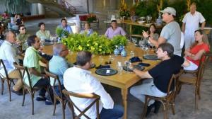 Mesa de trabajo con Carlos Vives - Fundación FLV
