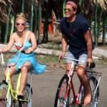 """Shakira y Carlos Vives, llegan a corte por el  caso de plagio de """"La bicicleta"""""""